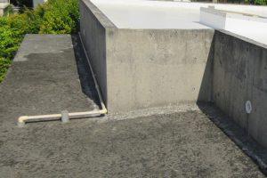 屋上の打ちっぱなしコンクリート風合復元