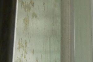 シャッター支柱の錆除去&防錆コーティング